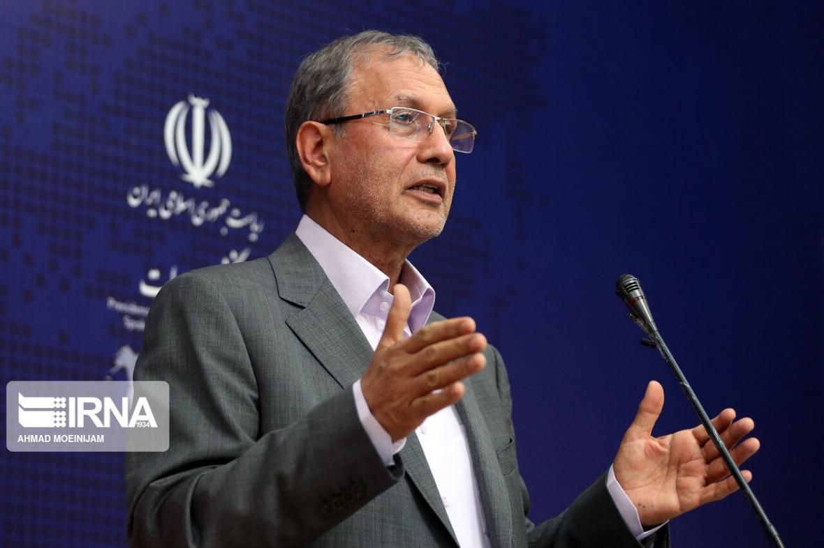 خبرنگاران ربیعی: دولت با تمام توان برای اداره کشور ایستاده است