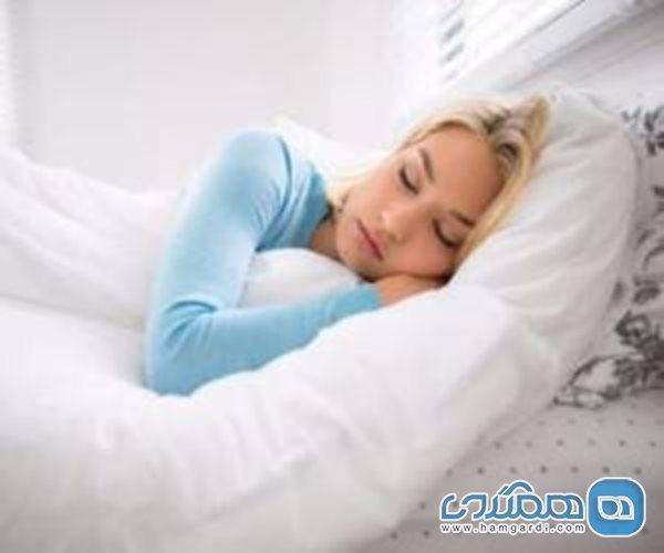 چگونه در یک دقیقه یا کمتر از آن بخوابیم