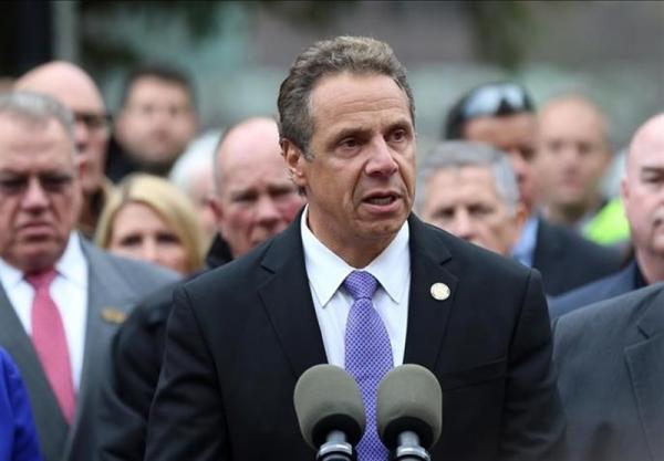 فرماندار نیویورک حاضر به استعفا نیست