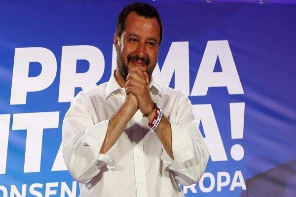 دردسر مهاجران برای وزیر کشور سابق ایتالیا، سالوینی دادگاهی می گردد