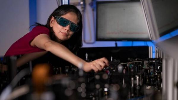 تبدیل عینک معمولی به عینک دید در شب با یک فیلم نازک