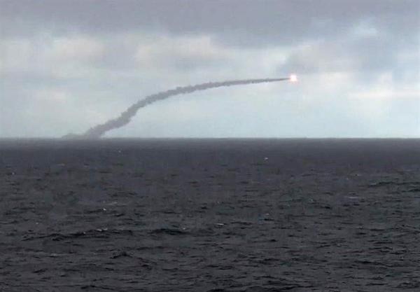 تور روسیه: شلیک یک موشک کروز از عرشه زیردریایی اتمی روسیه در دریای بارنتس